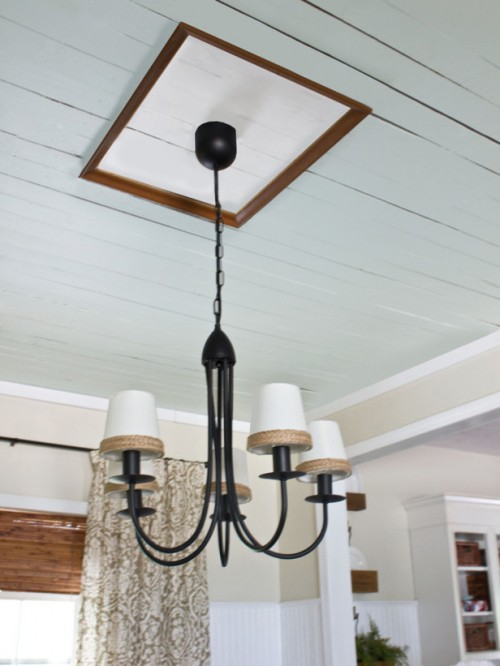 picture frame ceiling medallion (via hgtv)