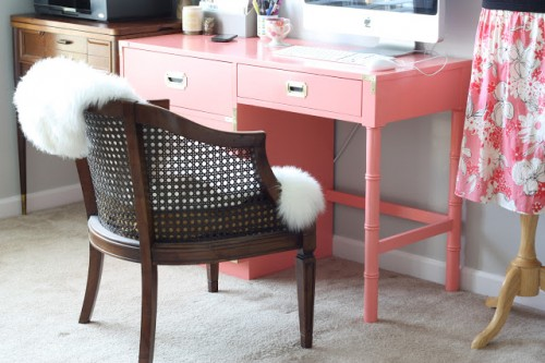 vintage desk renovation (via thatwinsomegirl)