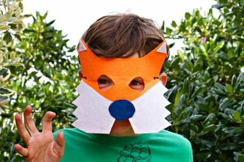 fox mask (via howtovideos)