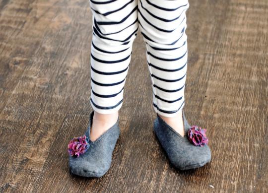 felt slippers for your kid