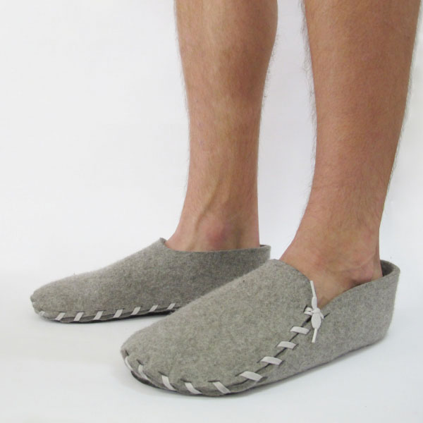 lasso felt slippers