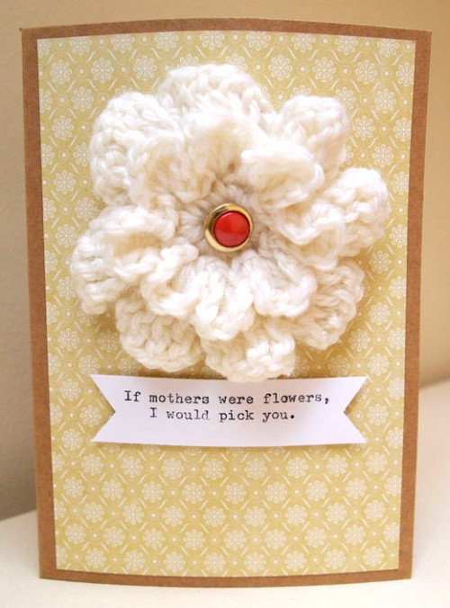 knitted flower card (via nitenitemommy)