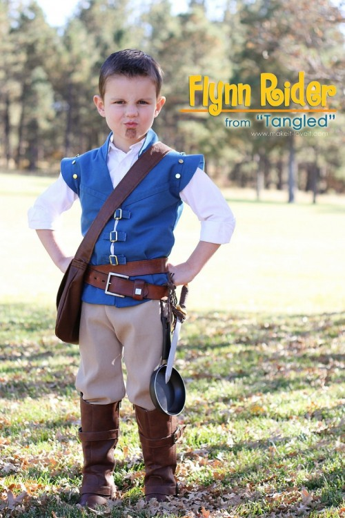 Flynn Rider costume (via makeit-loveit)