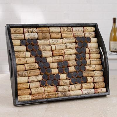 wine cork tray (via ilovetocreate)
