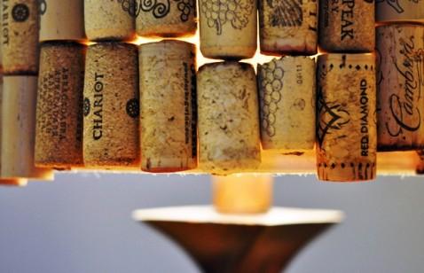 wine cork lampshade (via earth911)