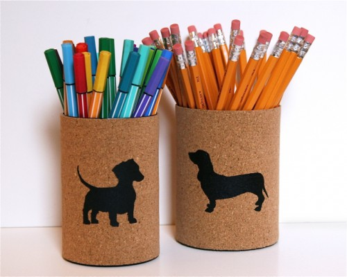 cork covered pencil cups (via the3rsblog)