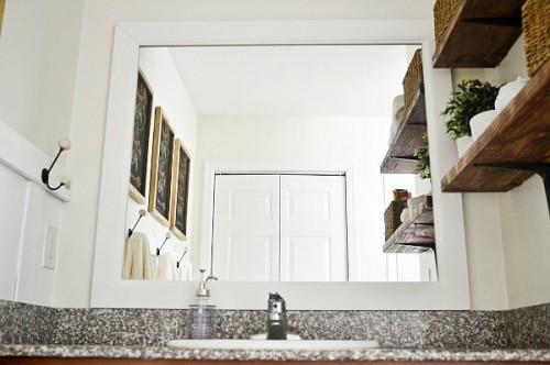 bathroom mirror upgrade (via craftsmandrive)