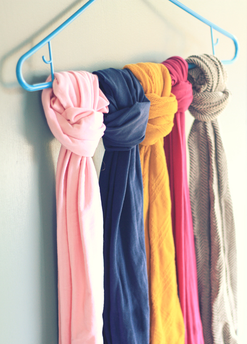 scarf storage (via shelterness)