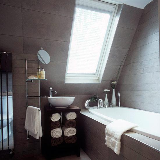 33 Cool Attic Bathroom Design Ideas » Photo 14