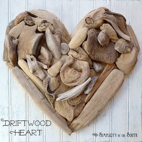 driftwood heart art (via simplicityinthesouth)