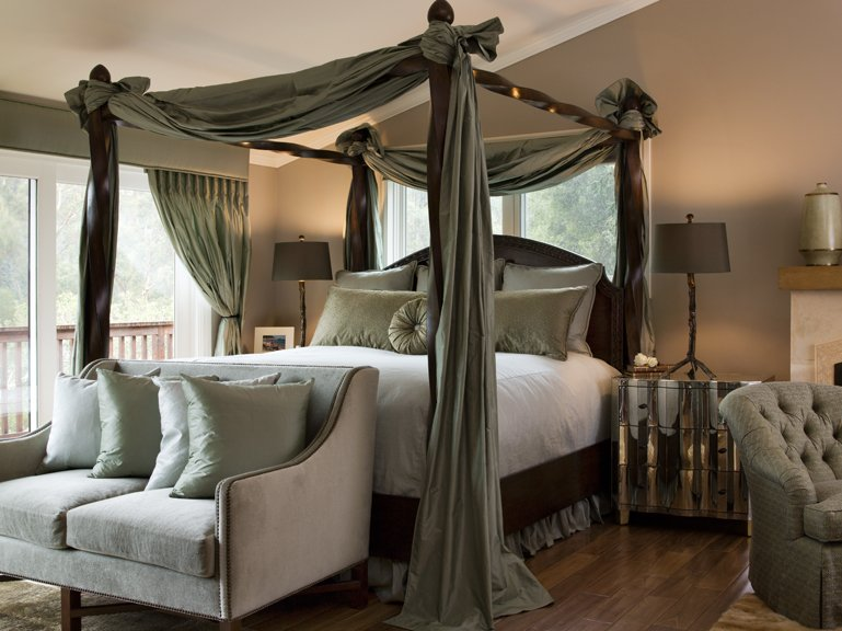 30 cool canopy beds photo 11