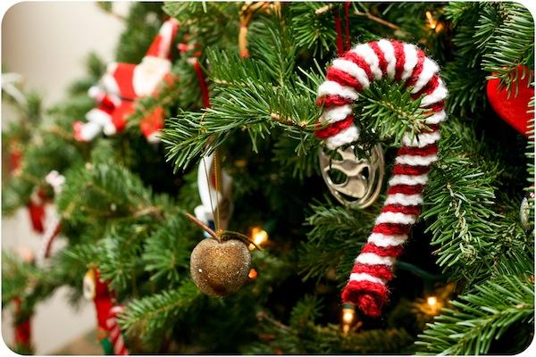 Вязаные новогодние и рождественские украшения
