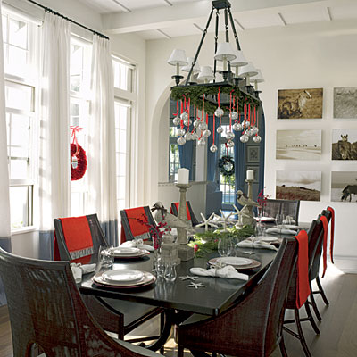Chandelier decorated for Christmas (via coastalliving)