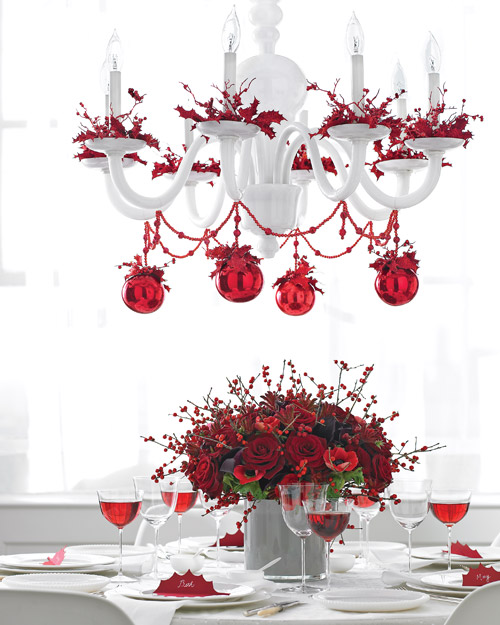 Romantic red Christmas chandelier (via marthastewart)