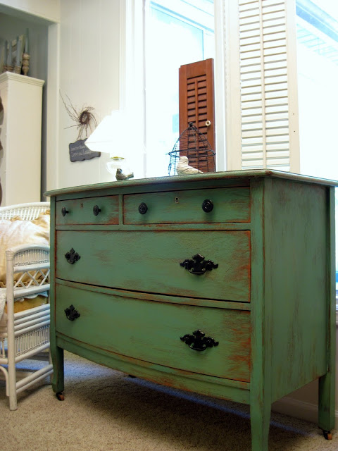 dresser distressed with paint (via cottageinstincts)