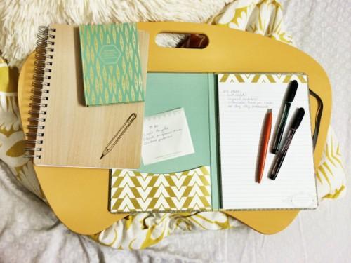 lap desk makeover (via rightwhereileftoff)