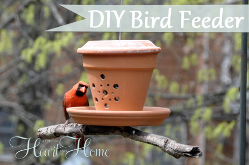 flower pot bird feeder (via allthingsheartandhome)