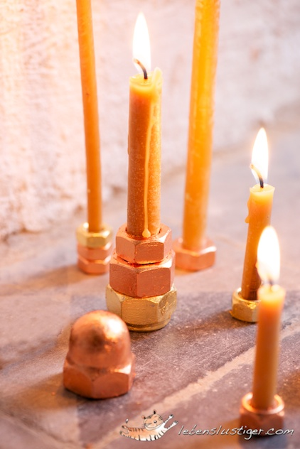golden foil candle holders (via lebenslustiger)