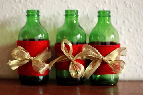 18 Cool DIY Christmas Candleholders - Shelterness