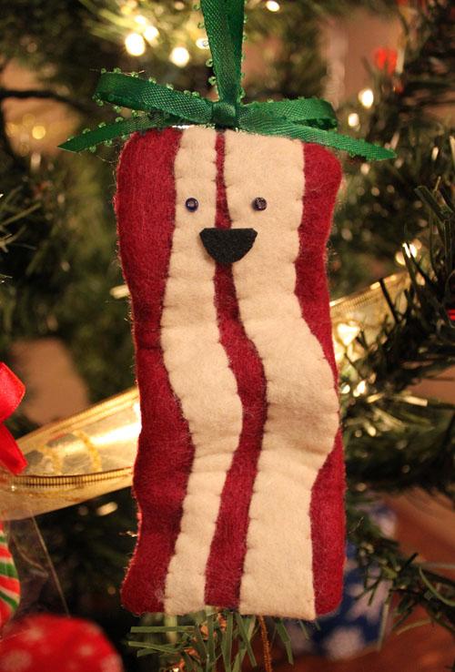 DIY Bacon Christmas Ornament (via blog)