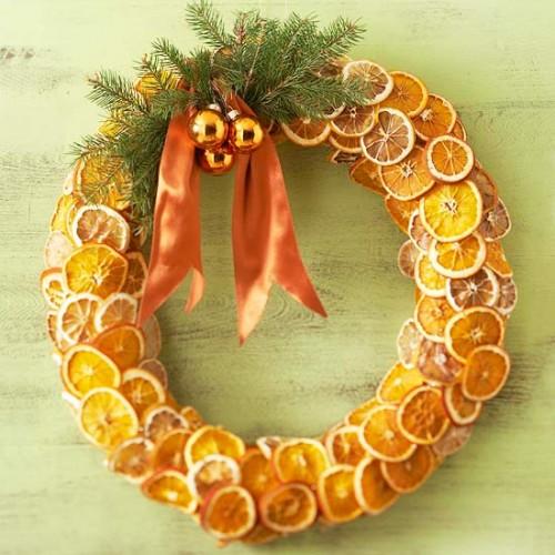 DIY Fragrant Fruit Wreath