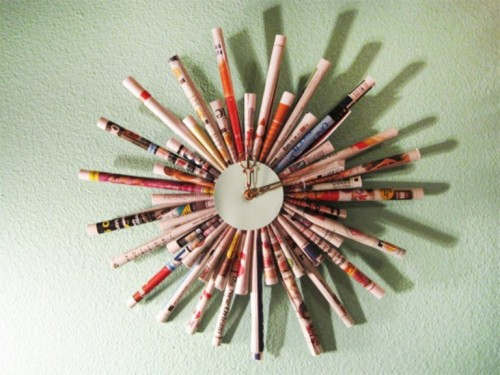 Cool DIY Clock Of Rolled Up Magazine Sheets