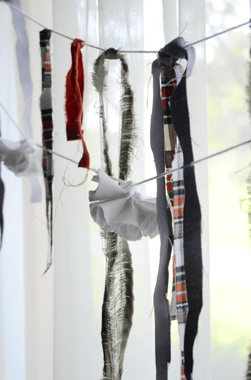 fall fabric garland (via fineandfeathered)