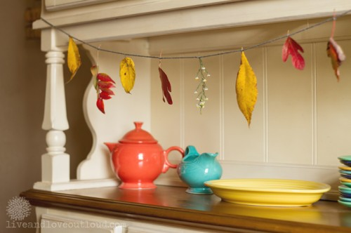 fall leaves and twigs garland (via liveandloveoutloud)