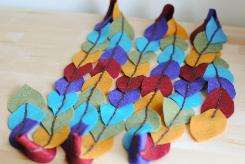 autumn felt garland