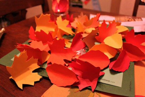 painted paper leaves garland (via onmyhonoriwilltry)