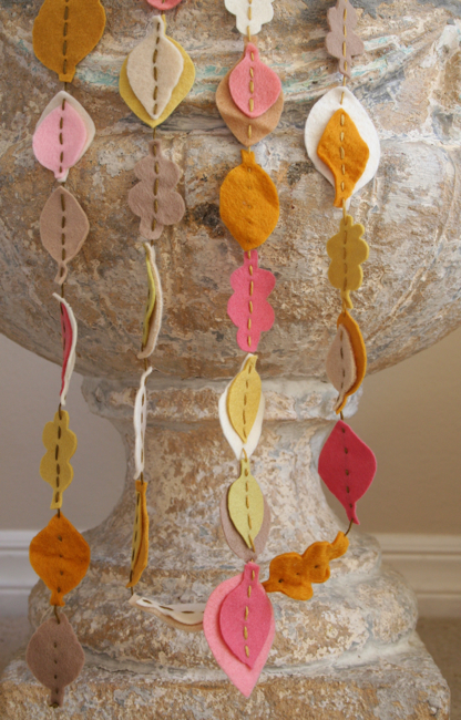 felt fall garland to make with kids