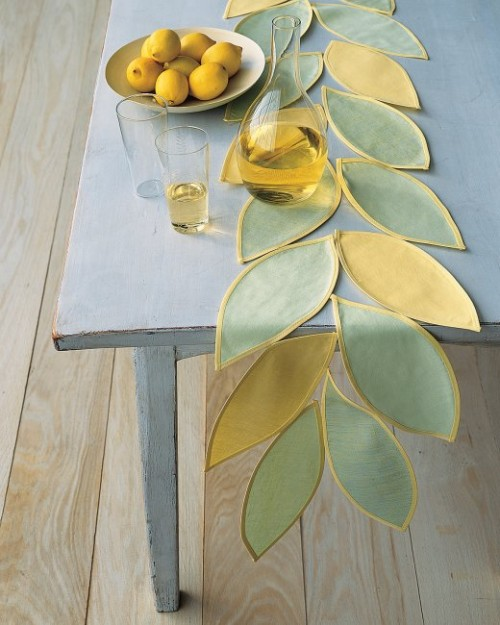 leafy table runner (via marthastewart)