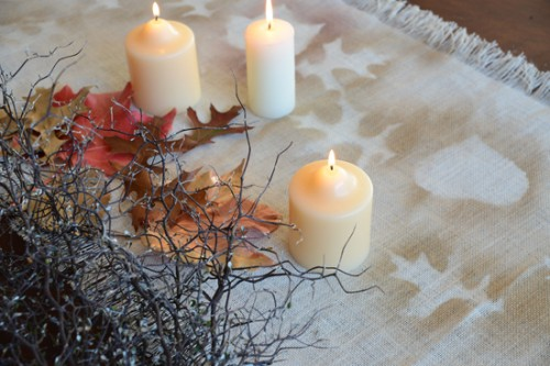 spray paint autumn leaves table runner (via polkadotbride)