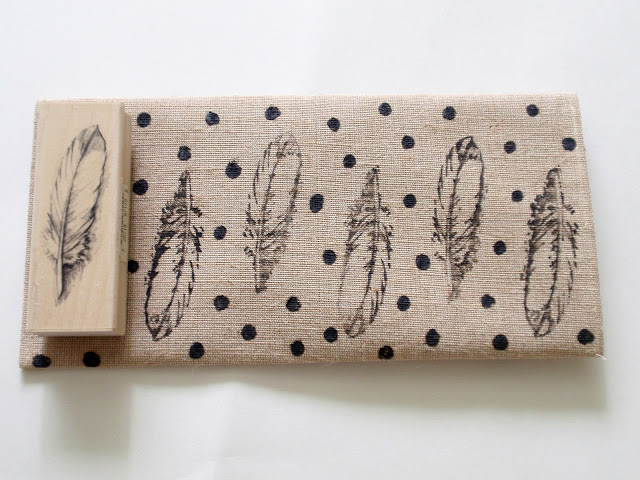 Cool Diy Feather Patterned Clutch