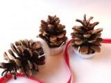 pinecone firelighters