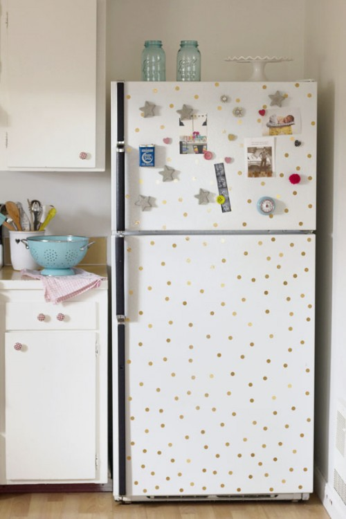 polka dot fridge (via athomeinlove)