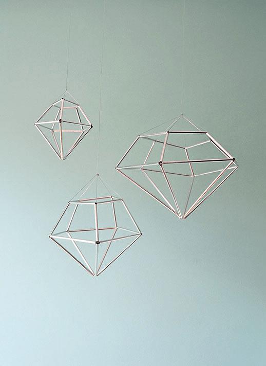 13 Cool DIY Geometrical Ornaments For Christmas