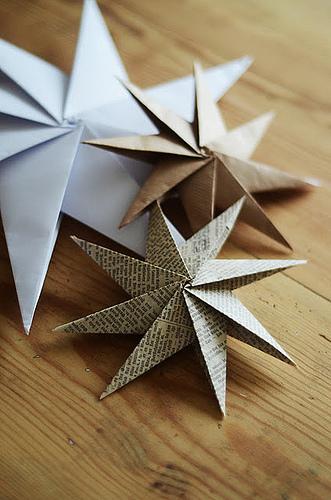 paper Christmas star (via allthingspaper)