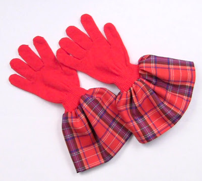 gloves with fabric (via markmontanoblogs)