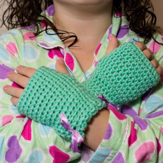 cool kid's crocheted gloves