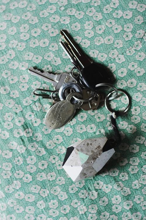 concrete faceted key chain (via sayyes)