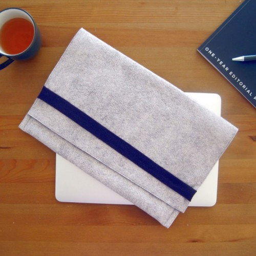 16 Cool DIY Laptop Sleeves From Various Materials