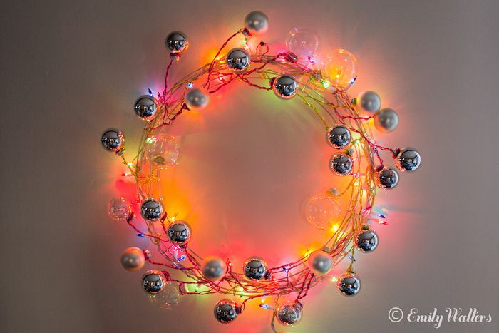 Picture of wire and ornament wreath for Diy modern christmas decorations