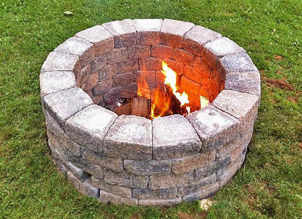 18 Cool DIY Outdoor Fire Pits and Bowls | Shelterness