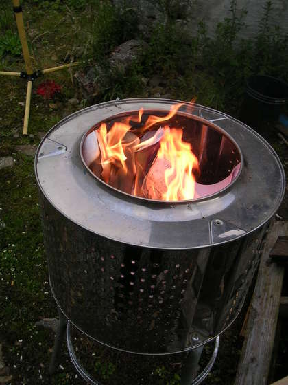 patio heater of an old washing machine (via shelterness)