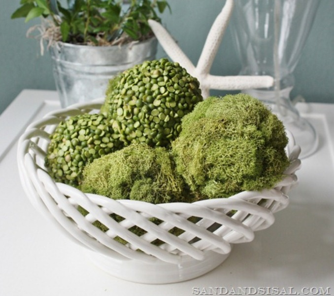Cool Diy Peas And Moss Balls For Decoration