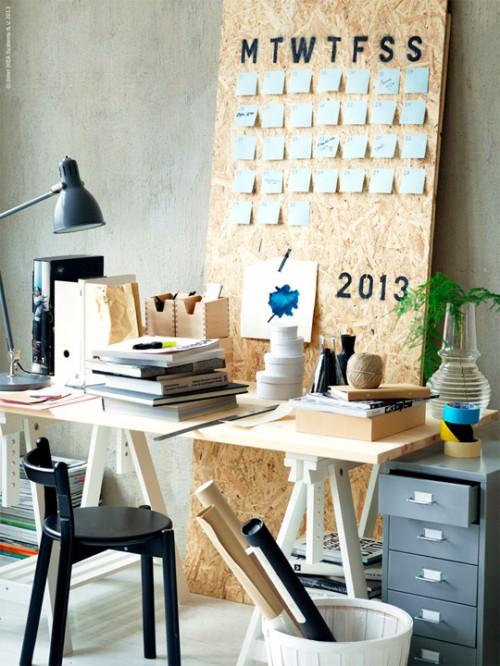perpetual wall calendar (via apartmenttherapy)