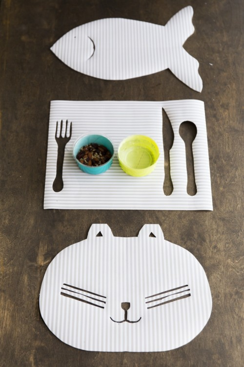 kittie placemat (via https:)
