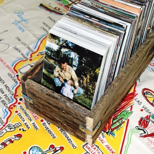 rustic pallet wood boxes (via mysocalledcraftylife)