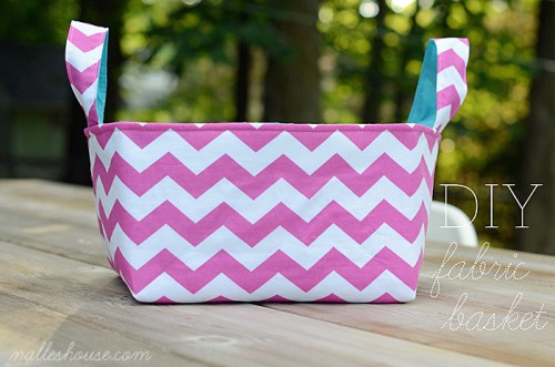 simple fabric baskets (via nalleshouse)
